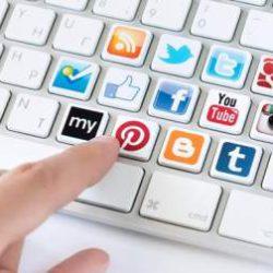 Ученые назвали самую опасную соцсеть для человека