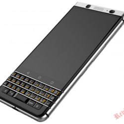 Смартфон BlackBerry KEYone появится в продаже на территории России