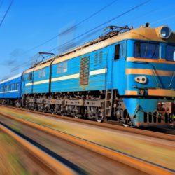 Рядом с Нижневартовском поезд въехал в грузовик