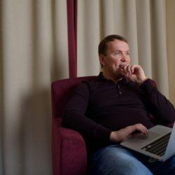Совладельцу «Юлмарта» предъявили обвинение в мошенничестве на 1 млрд руб.