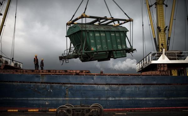 Погрузочные споры: четыре вопроса о дефиците вагонов на железной дороге