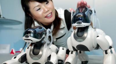 """Sony выпустит """"умного"""" робота-собаку"""
