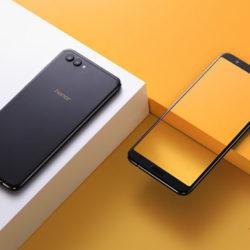 Стала известна стоимость безрамочного смартфона Huawei Honor View 10