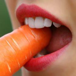 Оральный секс может привести к раку: осведомленность россиян растет