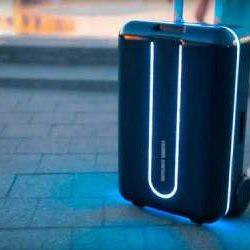 Xiaomi показала робот-чемодан