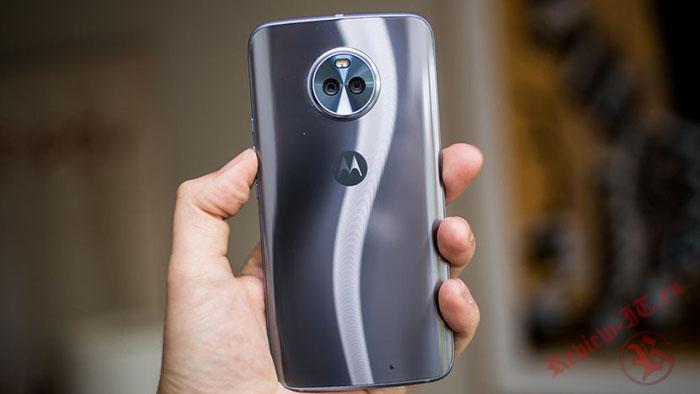 В начале февраля в продажу поступит улучшенная версия Moto X4