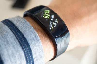 Стали известны подробности о новом браслете Xiaomi Mi Band 3 » Хроника мировых событий