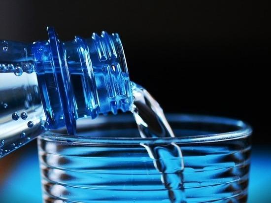Представлено устройство, способное добыть воду из воздуха в пустыне