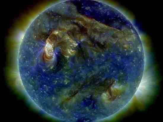 На Землю обрушилась мощнейшая магнитная буря за год