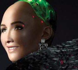 Робот София снялась для популярного журнала