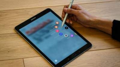 Samsung снижает цены на Galaxy Tab S3: названа причина