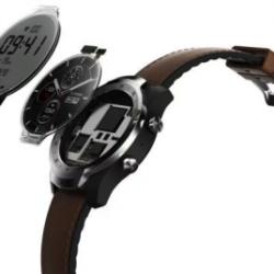 Известная компания выпустила смарт-часы с двумя экранами