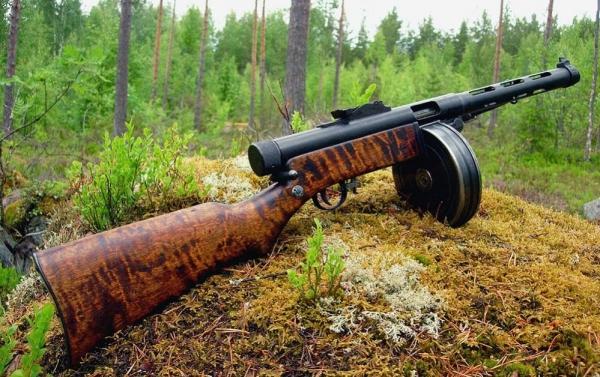 Пистолет-пулемёт Suomi