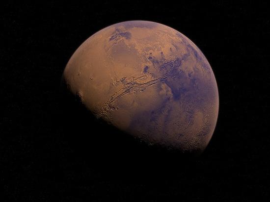 Лунное затмение века и великое противостояние Марса увидят россияне