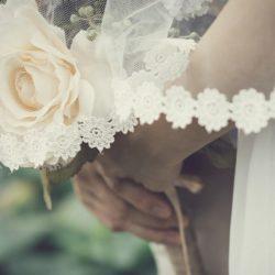 Учёные заявили, что брак продлевает жизнь и спасает от инсульта