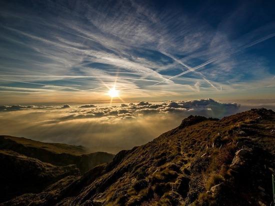 В пятницу Солнце максимально отдалится от Земли, опровергая популярное заблуждение