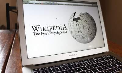 Wikipedia на итальянском и испанском языке приостановила свою работу