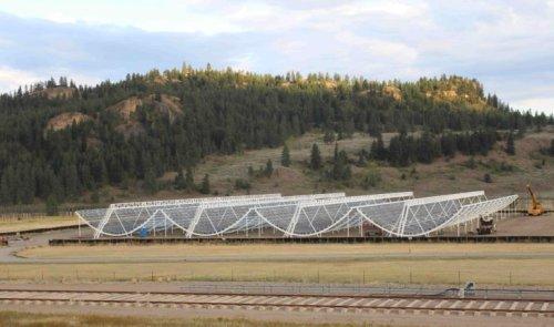 Новый радиотелескоп CHIME начал регистрировать быстрые радиоимпульсы с расчетной частотой