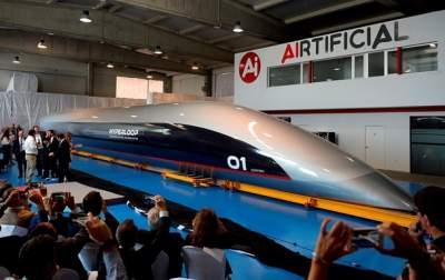 Илон Маск объявил дату запуска туннеля Hyperloop