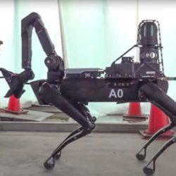 Компания Boston Dynamics дает роботу Spot его первую практическую работу