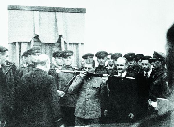 75 лет назад. Меч Сталинграда