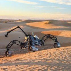 """Группа """"марсианских"""" роботов высадилась в пустыне в Марокко"""