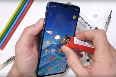 Xiaomi Mi 9 прошел тест на прочность