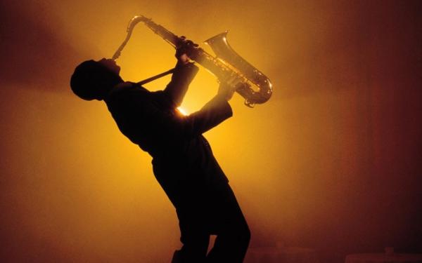 Как появилось слово «саксофон»