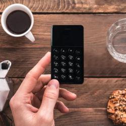 Анти-смартфоны: назад в будущее