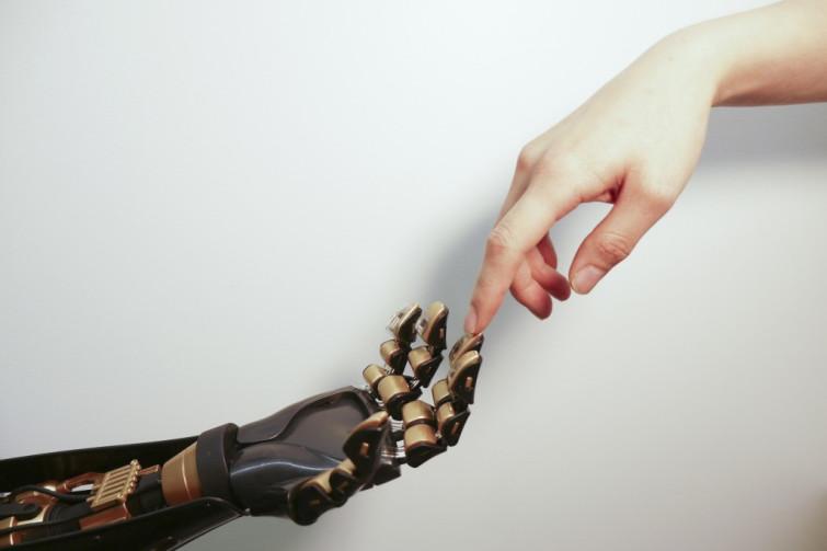 Руки Люди-киборги